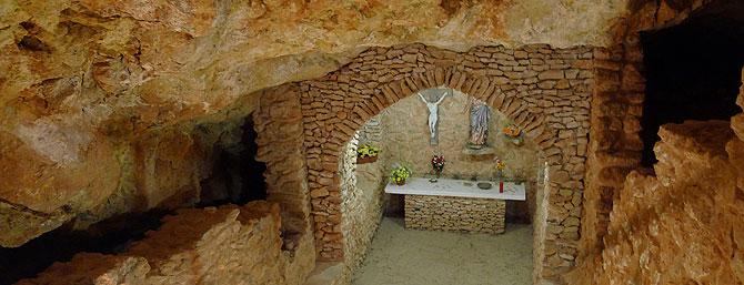 santa-agnes-y-la-cueva-de-los-misterios